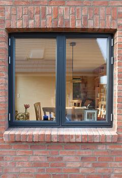 Sch ne holzfenster aus l beck das d nische fenster for Holzfenster hersteller